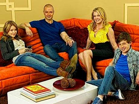 Melissa & Joey (a Titles & Air Dates Guide)