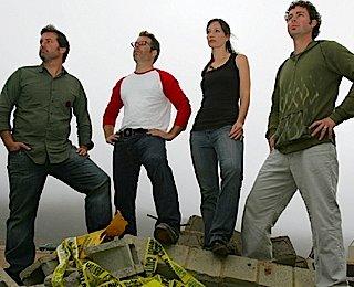 http://epguides.com/SmashLab/cast.jpg